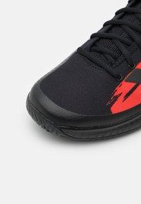 adidas Performance - DEFIANT GENERATION - Tenisové boty na všechny povrchy - core black/solar red - 5