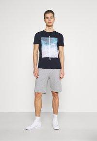 Pier One - 2 PACK - Shorts - mottled light grey - 1