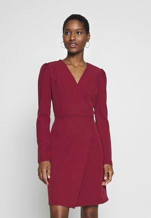 Robe de soirée - burgundy