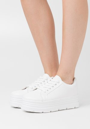 VEGAN - Sneakers laag - white