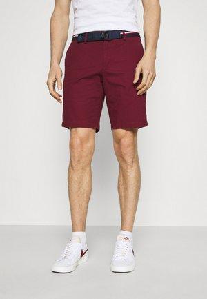 BROOKLYN LIGHT - Shorts - deep rouge