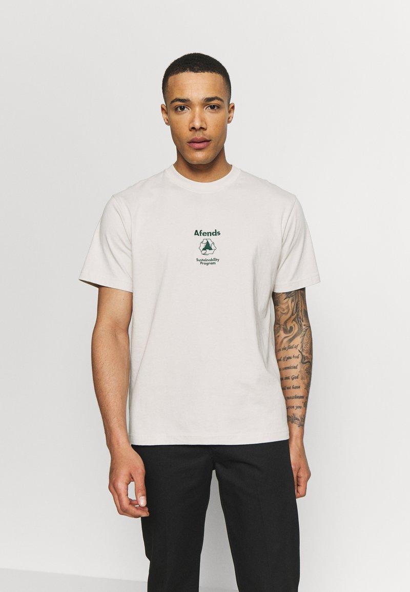 Afends - UNISEX SUBSTAINBILITY PROGRAMM TEE - T-shirt z nadrukiem - moonbeam