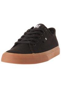 DC Shoes - MANUAL - Trainers - black/gum - 1