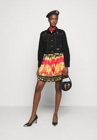 Versace Jeans Couture - LADY JACKET - Denim jacket - black - 1