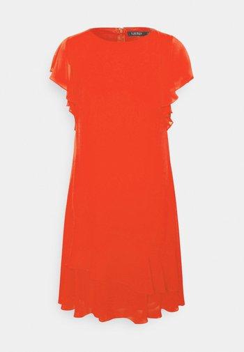 CYRENA CAP SLEEVE DAY DRESS - Vapaa-ajan mekko - bright hibiscus