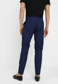 Isaac Dewhirst - FASHION SUIT - Completo - blue - 5