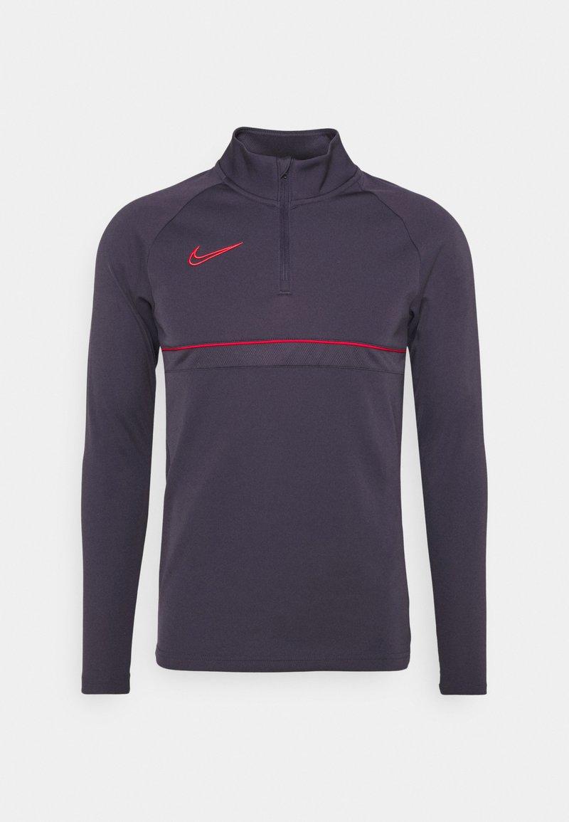 Nike Performance - Sports shirt - dark raisin/siren red