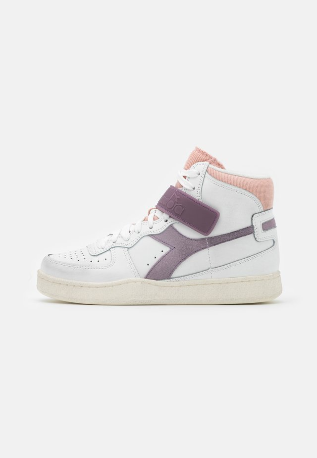 MI BASKET MID ICONA - High-top trainers - white/nirvana/evening sand