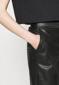 Stieglitz - DINARA PANTS - Kalhoty - black - 4