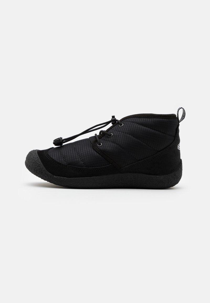 Keen - HOWSER II CHUKKA - Outdoorschoenen - black