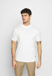 Zign - UNISEX - Basic T-shirt - white - 0