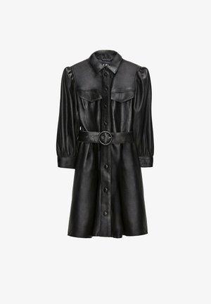 MIT GÜRTEL  - Denní šaty - black