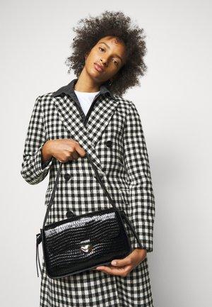 MAGGIE - Handbag - black