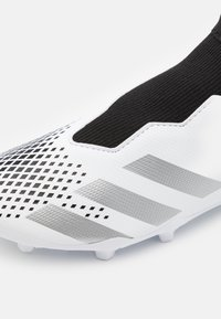 adidas Performance - PREDATOR  FOOTBALL BOOTS FIRM GROUND UNISEX - Moulded stud football boots - footwear white/silver metallic/core black - 5
