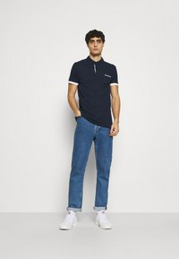 INDICODE JEANS - EARNEST - Polo shirt - navy - 1