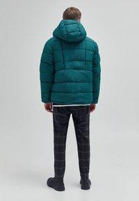 PULL&BEAR - Winter jacket - dark green - 2