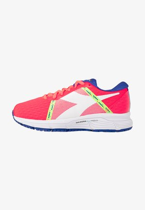 MYTHOS BLUSHIELD ELITE 3 - Neutral running shoes - fluo lava/white