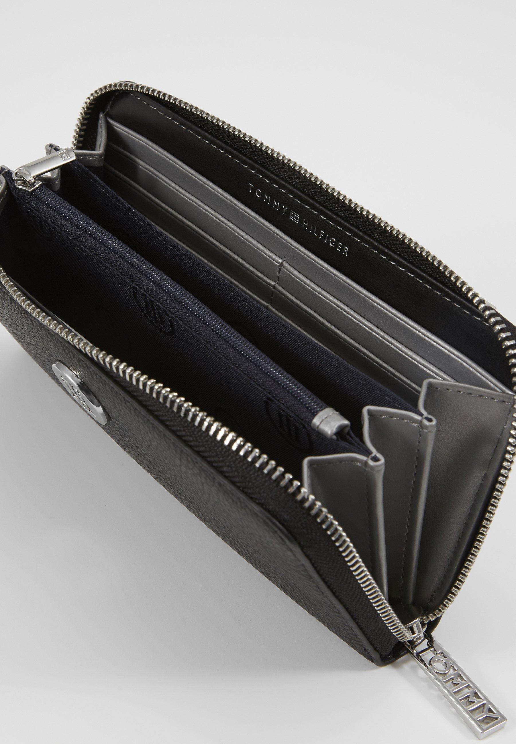 Women CORE LARGE - Wallet