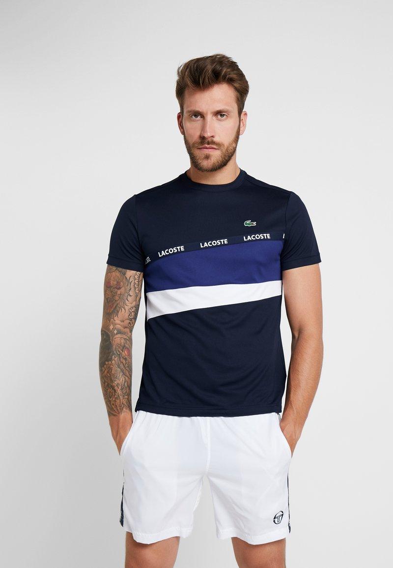 Lacoste Sport - TENNIS - T-Shirt print - navy blue/ocean/white
