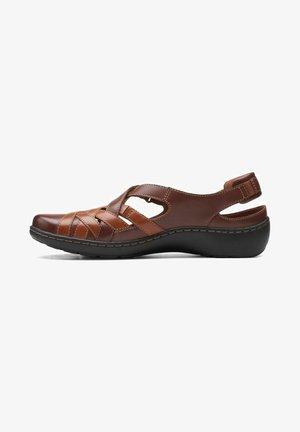 Sandalias de senderismo - tan lea
