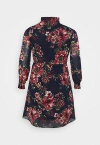 Vero Moda Curve - VMNEWSUNILLA SMOCK DRESS  - Day dress - navy blazer/newsunilla - 8