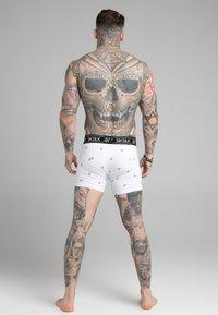 SIKSILK - LOGO  3 PACK - Shorty - white/black/grey - 1