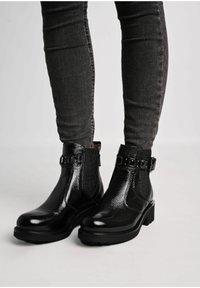 NeroGiardini - Classic ankle boots - nero - 0
