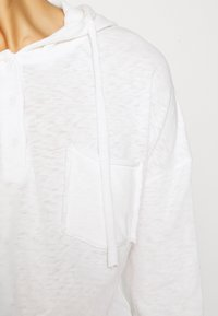 Marc O'Polo DENIM - LONG SLEEVE HOODY BUTTON PLACKET - Hoodie - scandinavian white - 5