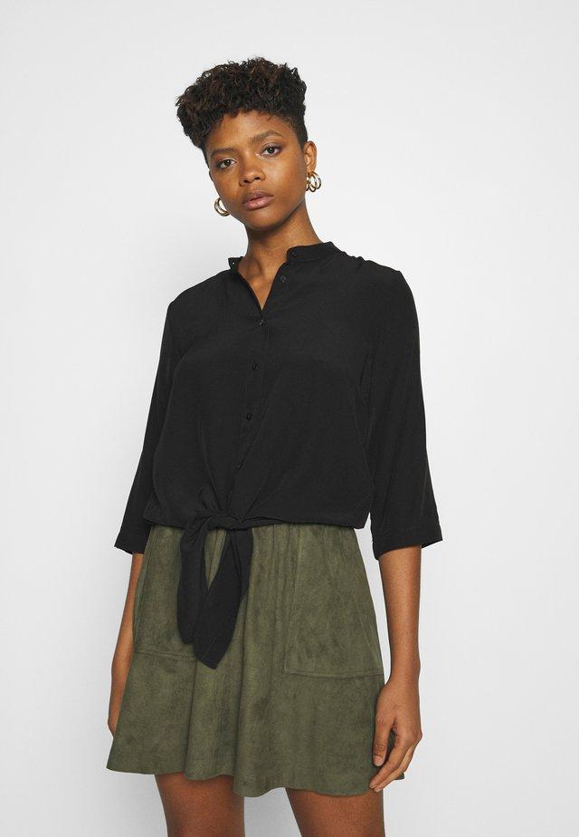 VITHOMA 3/4 TIE - Button-down blouse - black