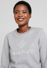 GANT - LOCK UP C-NECK - Sweatshirt - grey melange - 3