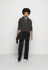 Polo Ralph Lauren - SEASONAL - Felpa con cappuccio - black mask - 1