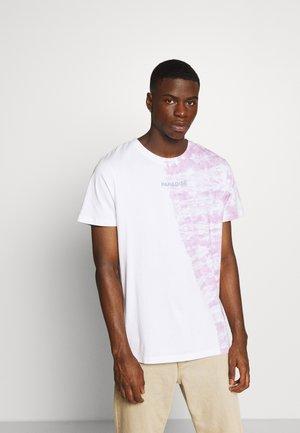 JORBREAKS TEE CREW NECK - Print T-shirt - lavendula
