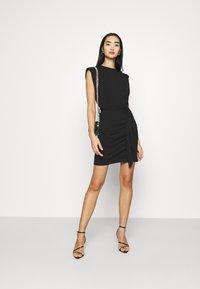 Missguided - SHOULDER PAD BELTED MINI DRESS - Cocktail dress / Party dress - black - 1