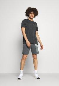 Nike Performance - T-paita - dark smoke grey/black - 1