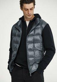 Massimo Dutti - Down jacket - dark blue - 0