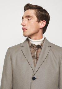 HUGO - MIGOR - Płaszcz wełniany /Płaszcz klasyczny - light/pastel brown - 3