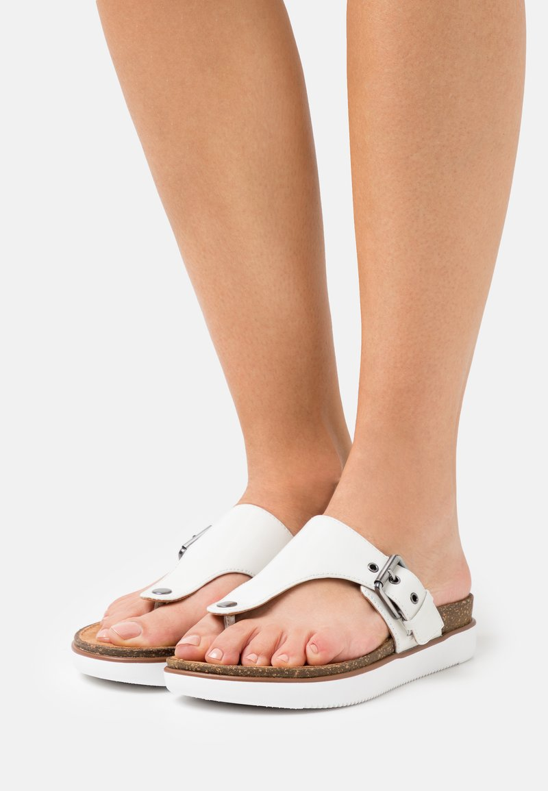 Clarks Unstructured - ELAYNE STEP - Tongs - white
