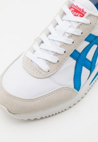 Onitsuka Tiger - NEW YORK INUSEX  - Joggesko - piedmont grey/ deep mars - 5
