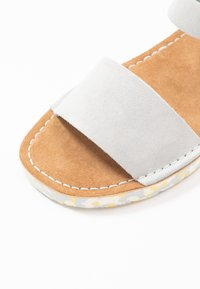 Clarks Originals - LUNAN STRAP - Sandalias - light blue - 2