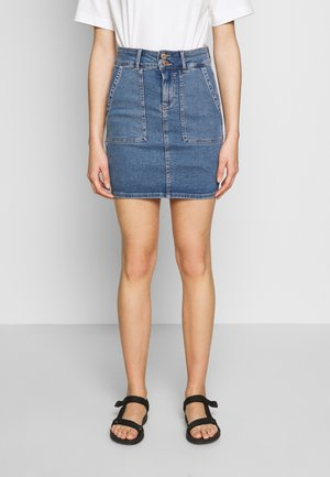 PCAVIA SKIRT BOX CAMP - Pencil skirt - medium blue denim