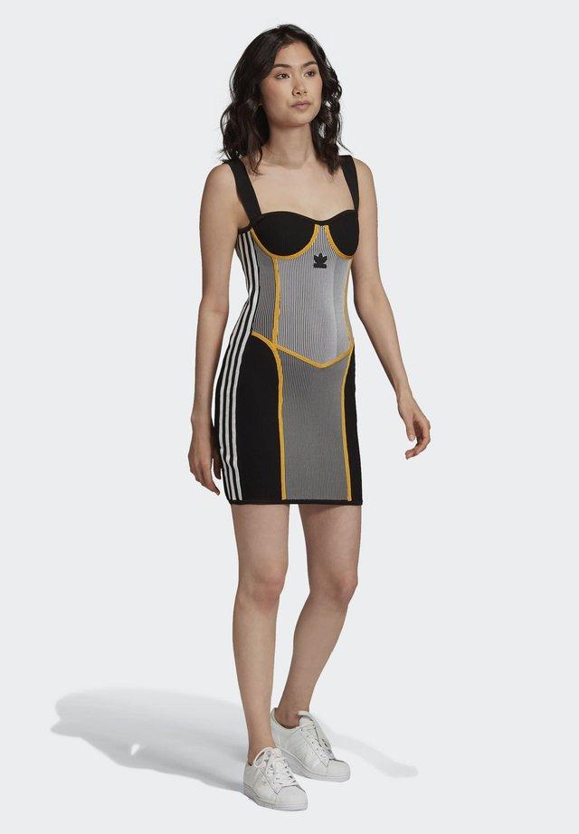 PAOLINA RUSSO COLLAB SPORTS INSPIRED SLIM DRESS - Shift dress - black/white/ltonix/ac
