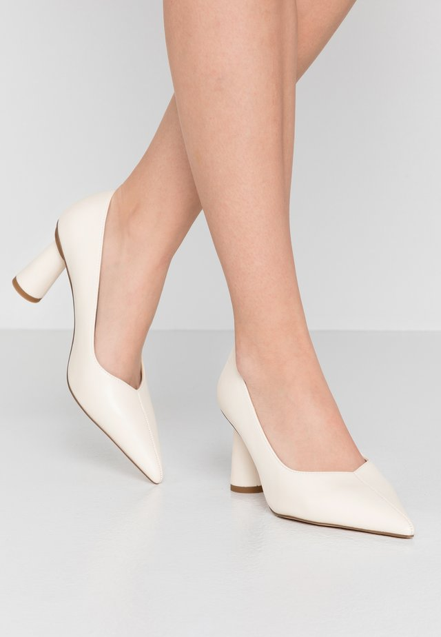 CONE SHAPE POINTY  - Pumps - offwhite