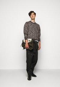 Vivienne Westwood - CLASSIC - Sweatshirt - black/white - 1