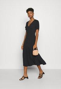 Glamorous - VNECK SHORT SLEEVE MIDI DRESS - Day dress - black - 1