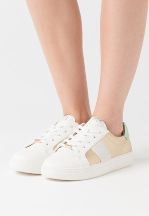 ONLSAGE - Sneakers laag - mint/gold