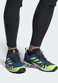 adidas Performance - TERREX SKYCHASER LT HIKING SHOES - Hiking shoes - blue - 0