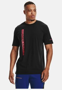 Under Armour - UA VERTICAL WORDMARK SS - Print T-shirt - black - 0