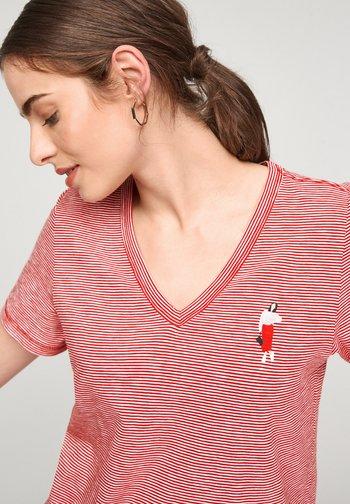 MIT PRINT-DETAIL - Print T-shirt - true red stripes
