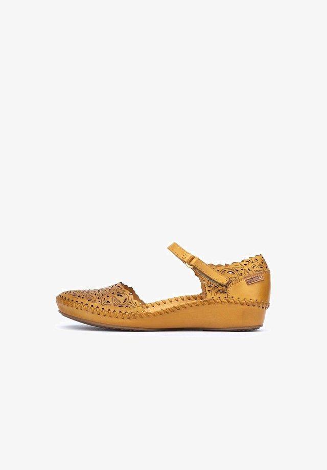VALLARTA - Wedge sandals - honey