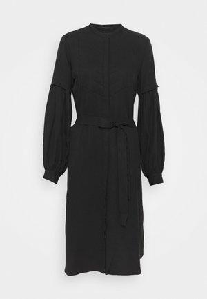 PRALENZA ALIZA DRESS - Košilové šaty - black